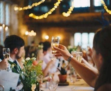 10 Sentimental Maid of Honor Speech-Ending Toasts